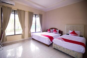 OYO 3207 Hotel Gracia Bandar Lampung - Suite Family Room Early Bird Deal