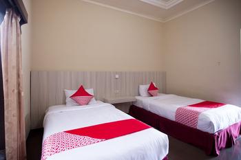 OYO 3207 Hotel Gracia Bandar Lampung - Deluxe Twin Room Last Minute Deal