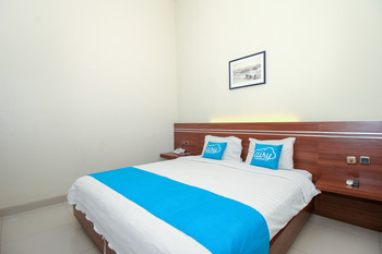 Airy Bandara Ahmad Yani Anjasmoro Raya 74 Semarang - Executive Double Room with Breakfast Special Promo Nov 52