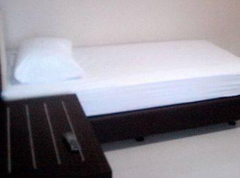 Wilven Guest House Palu - Standard Single Bed Room (shared Bathroom) Regular Plan