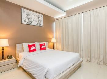 ZenRooms Jimbaran Udayana Bali - Double Room With Breakfast Special Promo