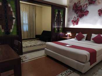 Lovender Coliving Malang - President Room Regular Plan