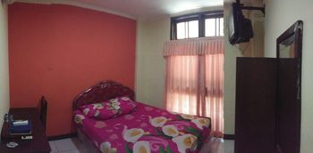 Hotel Pattimura Semarang Semarang - Standard Double Room Only Flash Sale