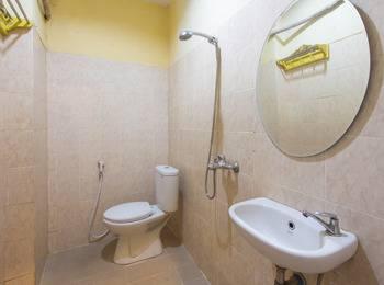 Wijaya Imperial Hotel Yogyakarta - Deluxe Double Or Twin Room Breakfast Included MINIMUM STAY
