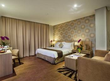 Padjadjaran Suites Resort Bogor - Executive Room With Breakfast (50% Discount Jungle Series) Promo Stay Hepi