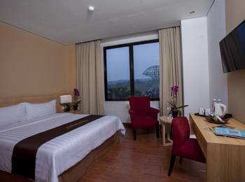 Padjadjaran Suites Resort Bogor - Superior Room Regular Plan