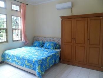 Santibi's Villa Kota Bunga Swiss Cianjur - 5 Bedrooms Regular Plan