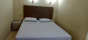 OYO 3324 Wilhelmina Hostel Pangkalpinang - Standard Double Room Regular Plan