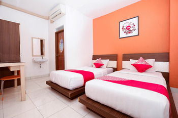 OYO 1251 Sweet Home Residence Semarang - Deluxe Twin Room Regular Plan