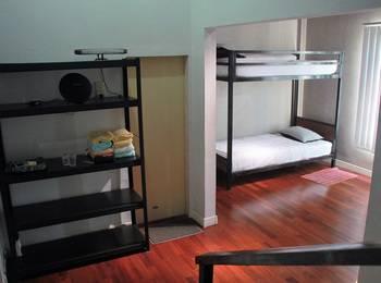 Medan Hostel Medan - 1 Rumah full buat 4 orang menginap Regular Plan