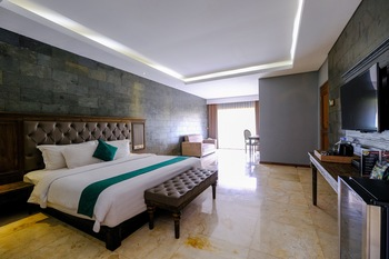 The Westlake Resort Yogyakarta - Suite Room  Regular Plan