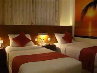 Lovender Guest House Malang - Deluxe Twin Room with Breakfast Regular Plan