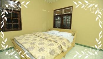 Villa Bale Seni Lombok - Deluxe Room Triple Room Only Regular Plan