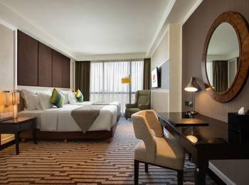 Swiss-Belboutique Yogyakarta - Deluxe Queen Room Only Regular Plan