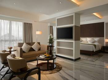 Swiss-Belboutique Yogyakarta - Business Suite Room Room Only Regular Plan