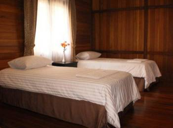 Jambuluwuk Batu - 4 Bedroom Deluxe Room Only HOT DEAL !
