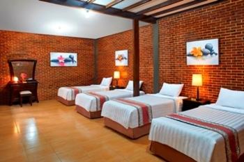 Jambuluwuk Convention Hall & Resort Batu Batu - 4 Bedroom Deluxe Stay Longer Promo