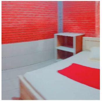 Villa Raisa Mojokerto - Raisa 1 3 Bedroom Room Only FC Stay More Pay Less