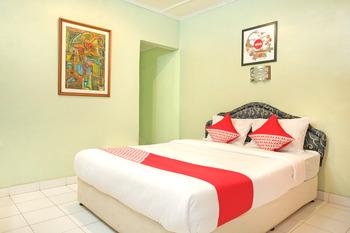 OYO 585 Hotel Perwita Sari Near RSUD Kota Yogyakarta Yogyakarta - Standard Double Room Regular Plan