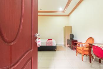 OYO 994 Huber Apartment Medan - Standard Double Room Regular Plan