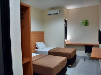 La Riss Guesthouse Makassar - Superior Twin Bed Regular Plan