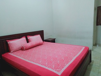 Hotel Syariah Pekalongan Pekalongan - Economy Room Only Last Room Sale !