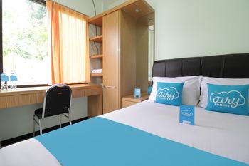 Airy Eco Syariah Kertomenanggal Sembilan 18 Surabaya - Standard Double Room Only Special Promo Oct 50