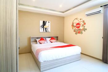 OYO 175 K-60 Residence Surabaya - Standard Double Room Regular Plan