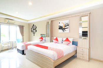 OYO 175 K-60 Residence Near RS Brawijaya Kota Surabaya Surabaya - Suite Triple Regular Plan