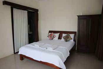 Pondok Tulasi Semaya House Bali - Double Room Breakfast FC Minimum Stay 2 Nights