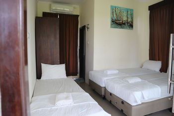 Pondok Tulasi Semaya House Bali - Triple Room Breakfast FC Minimum Stay 2 Nights