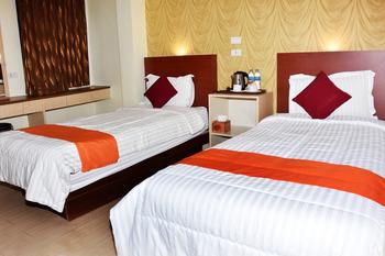 Hotel Hongkong Inn Singkawang - Deluxe Twin Room Only  Regular Plan