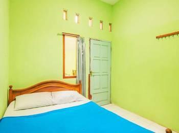 Shintana Homestay Banyuwangi - Economy Room Regular Plan