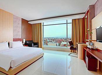Hotel Santika Tasikmalaya - Superior Room King Staycation Offer Regular Plan
