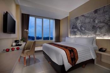 Aston Banyuwangi City Hotel Banyuwangi - Premier Room Regular Plan