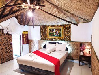 Etnik Bali Villa and Resto Kubu Selem Bandar Lampung - Sangkuni Deluxe Room Breakfast Regular Plan