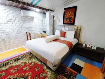 Etnik Bali Villa and Resto Kubu Selem Bandar Lampung - Sadewa Deluxe Room Breakfast Regular Plan