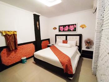 Etnik Bali Villa and Resto Kubu Selem Bandar Lampung - Shinta Standard Room Breakfast Regular Plan