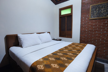 Melva Balemong Semarang - Standard  - Room Only Regular Plan