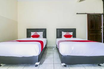 OYO 1193 Asri House Bali - Standard Twin Room Regular Plan