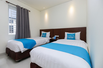 Airy Wajo Banda 37 Makassar Makassar - Superior Twin Room with Breakfast Regular Plan