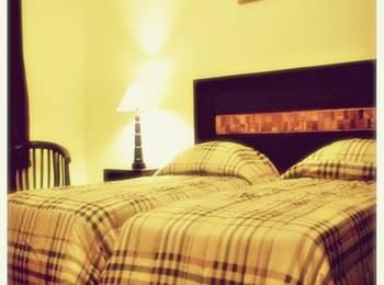 Hotel Mahkota Plengkung by eCommerceLoka Banyuwangi - Deluxe Twin Room Only Gajian