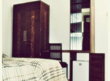 Hotel Mahkota Plengkung by eCommerceLoka Banyuwangi - Standard Double Room Only Gajian