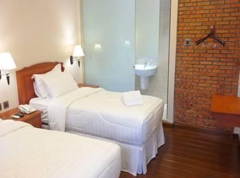 Thongs Inn Kualanamu Transit Hotel Kualanamu - Villa Twin Bed Regular Plan