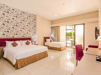 Kuta Central Park Hotel Bali - Studio Triple With Breakfast BY TIME PROMOTION 55% OFF