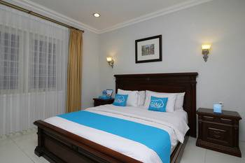 Airy Cicendo Otten 6 Bandung - Family Room with Breakfast Special Promo July 45
