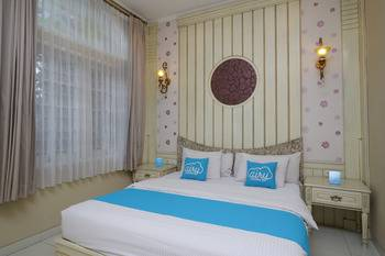 Airy Cicendo Otten 6 Bandung - Executive Double Room with Breakfast Regular Plan