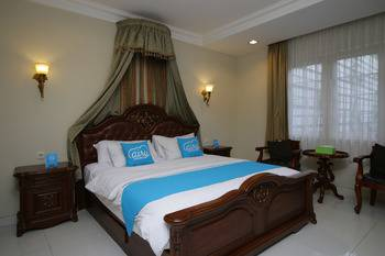 Airy Cicendo Otten 6 Bandung - Premier Double Room with Breakfast Special Promo Sep 60
