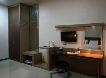Hotel Bukit Indah Lestari Baturaja - Business Room Regular Plan
