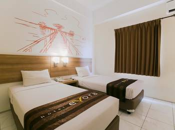 Evora Hotel Surabaya - Smart Evora Twin Room Only Regular Plan